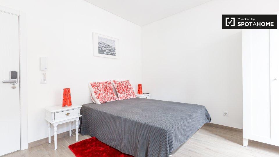 Monolocale in affitto ad Alameda Lisbona € 830 al mese