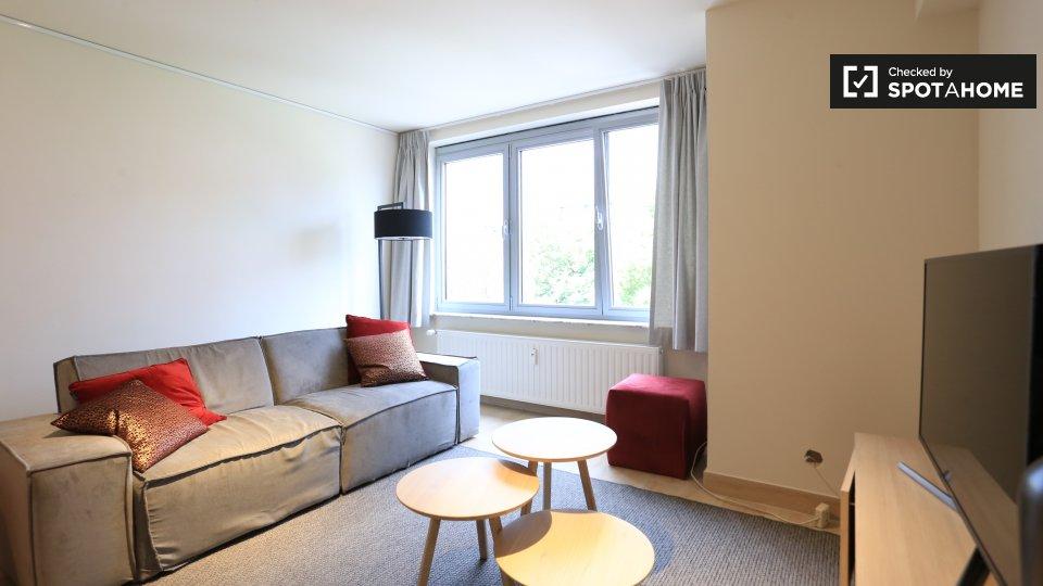 Place Van Meyel 5, 1040 Etterbeek, Belgium