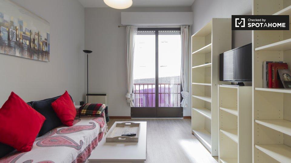 Calle de Olid, 28010 Madrid, Spain