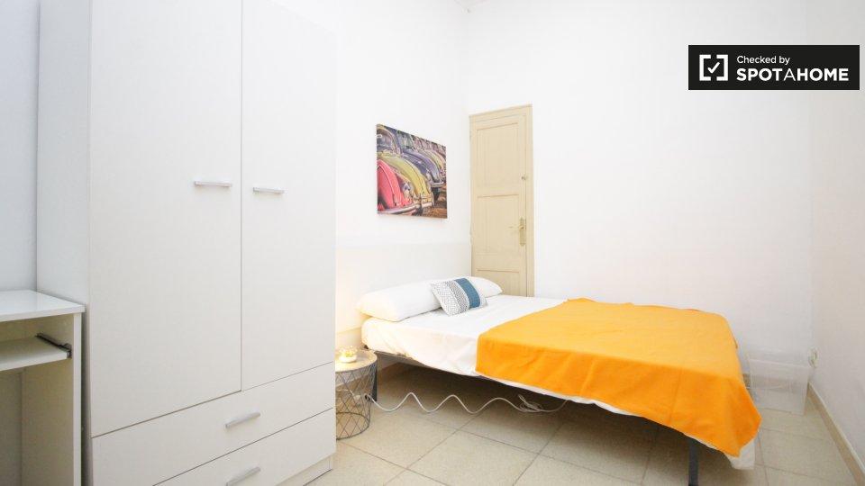 5 bedroom apartment