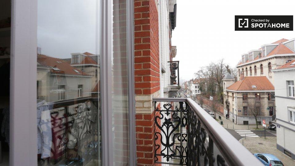 Rue des Confédérés