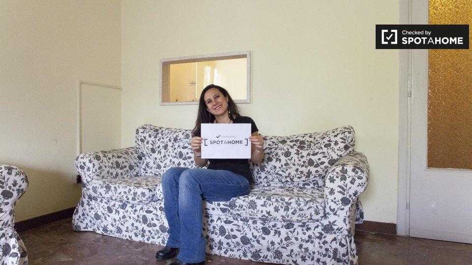 Stanza accogliente in affitto a labaro roma ref 214553 for Stanze ufficio in affitto roma