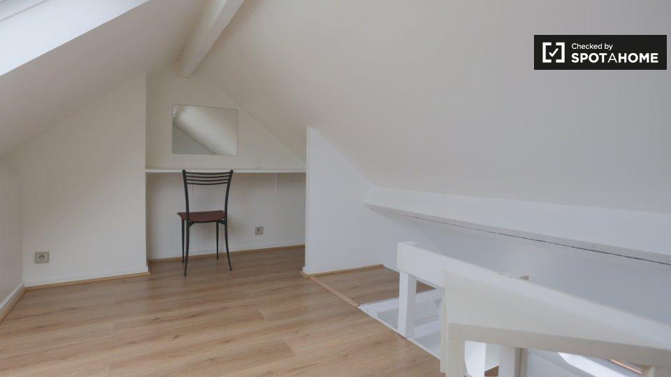 Jachtlaan, 1040 Etterbeek, Belgium
