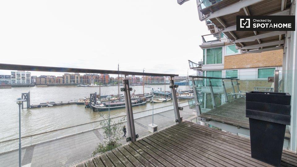 Cinnabar Wharf Central Wapping High St, St Katharine's & Wapping, London E1W 1NQ, UK
