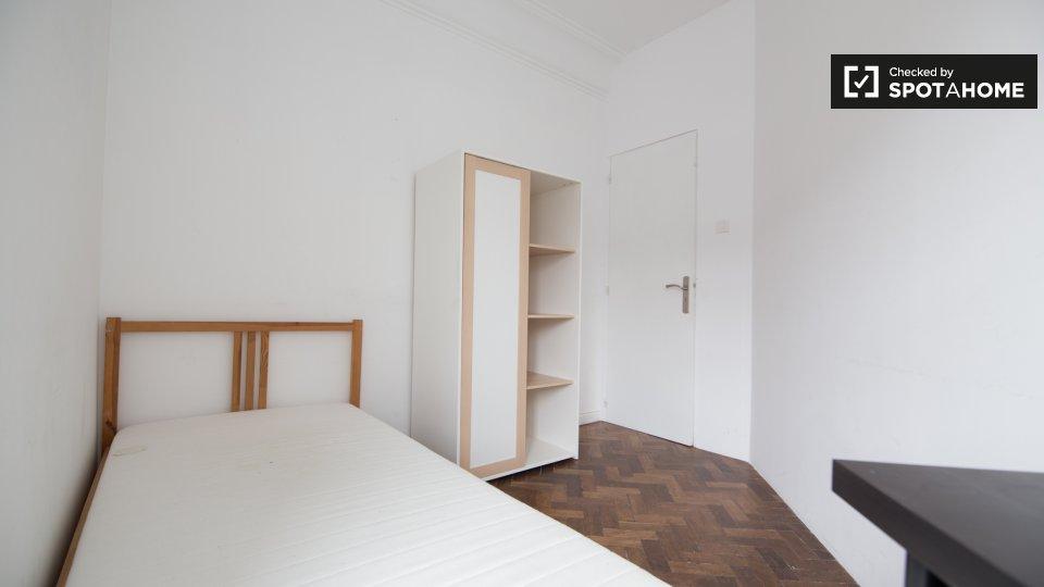 Camera in affitto ad Arroios Lisbona € 420 al mese