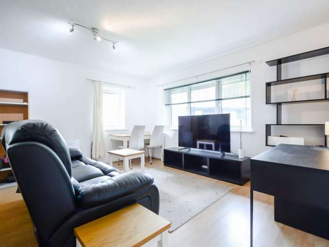 1-bedroom flat to rent in Isle of Dogs, London