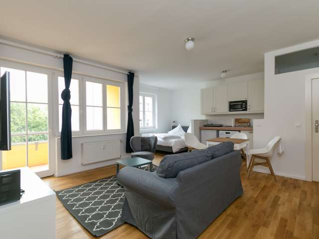Studio-Apartment mit Balkon zu vermieten in Schöneberg, Berlin