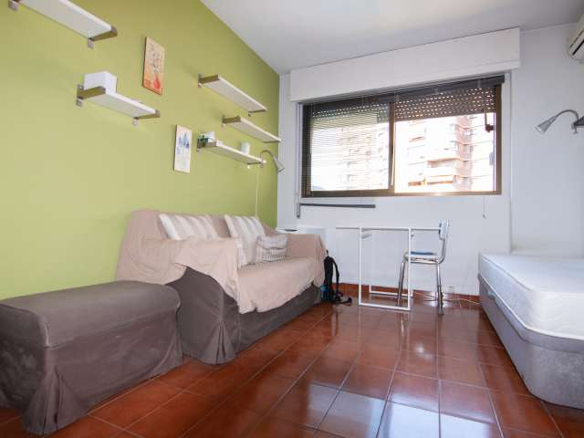 Cosy 1-bedroom apartment for rent in  Ciudad Lineal, Madrid