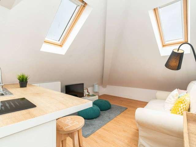 Studio for rent in Bica, Lisbon