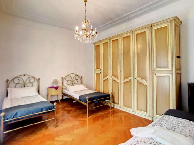 Beds for rent in shared room in Porta Venezia, Milan