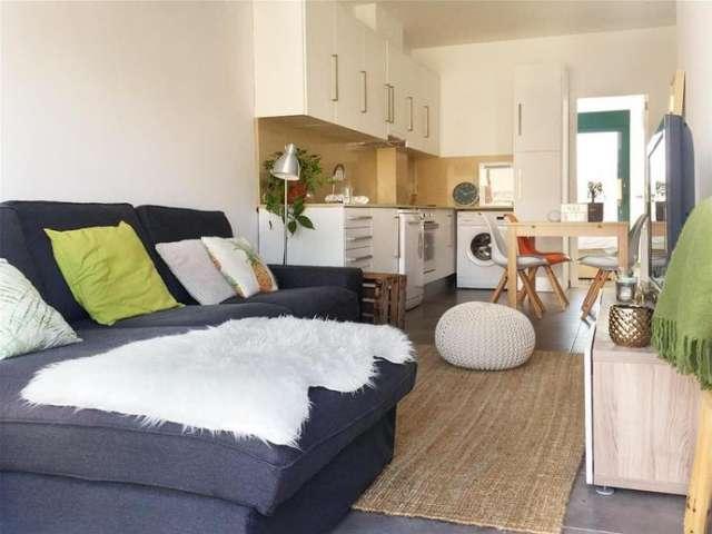Sonnige 1-Zimmer-Wohnung zur Miete in Sants, Barcelona