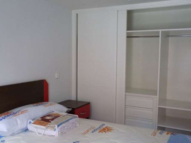 Housing in 4-bedroom apartment in Latina, Madrid