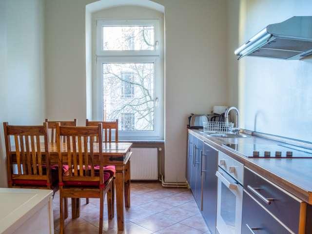 Geräumiges Apartment mit 2 Schlafzimmern zu vermieten in Schöneberg