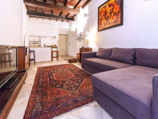 Grande appartamento con 1 camera da letto in affitto a Centro, Roma