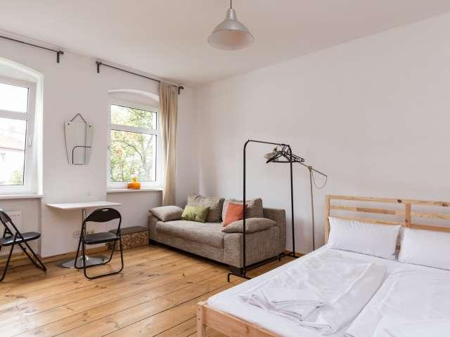 Studio-Wohnung zur Miete in Friedrichshain, Berlin