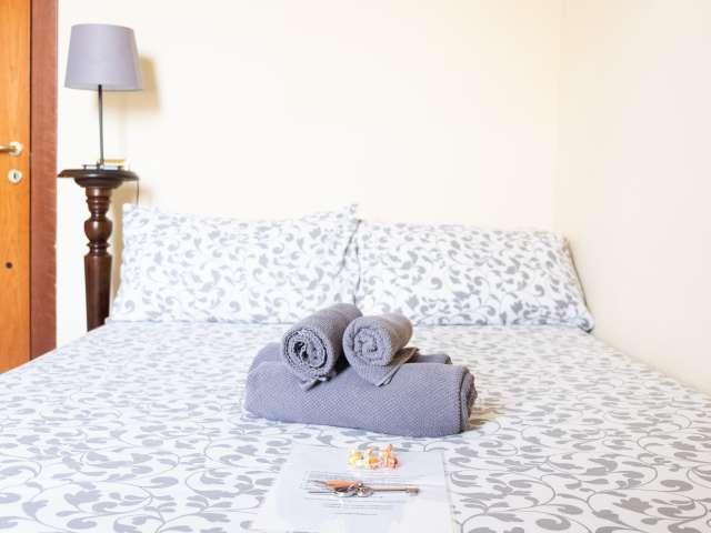 Camera in affitto in appartamento con 4 camere da letto a San Pietro
