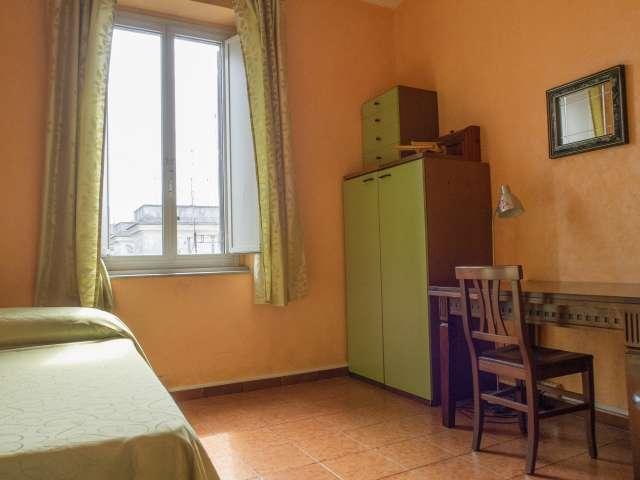 Acogedora habitación en alquiler en Testaccio, Roma