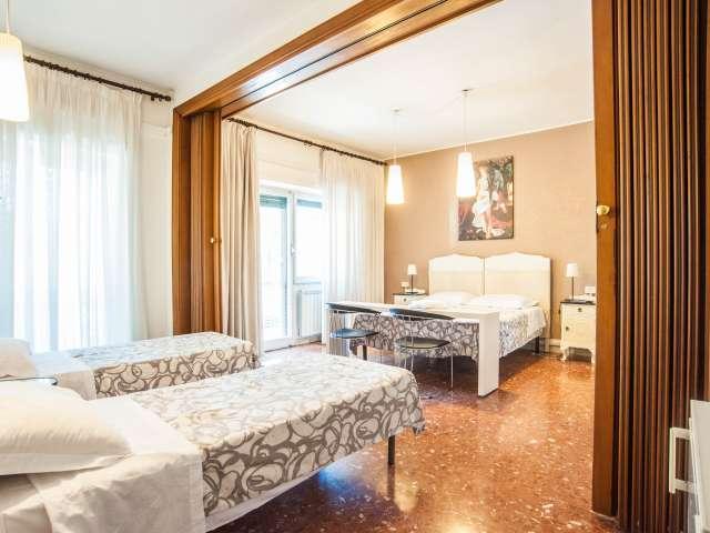 Stanza doppia in un appartamento, San Giovanni, Roma