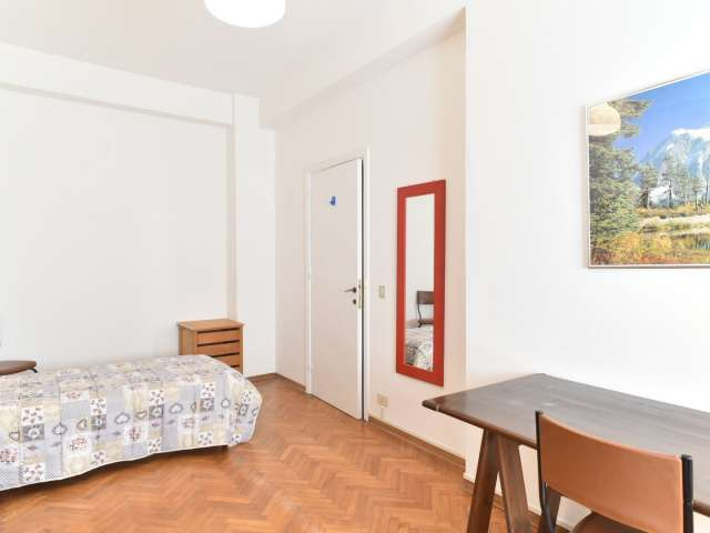 Salle intérieure dans un appartement de 4 chambres à Rome 70, Rome