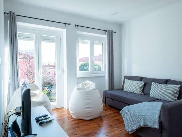 Apartamento luminoso com 2 quartos para alugar em Alvalade, Lisboa