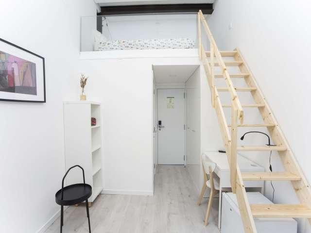 Apartamento de estúdio para alugar em Alameda