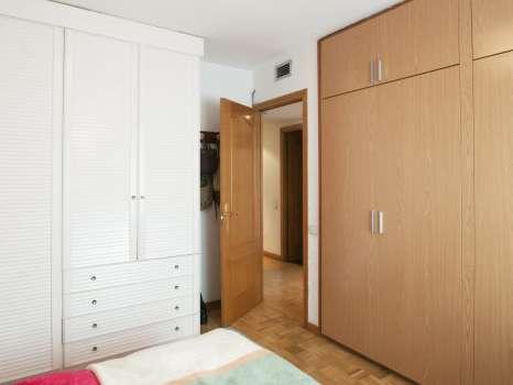 Light room in shared apartment in Arganzuela, Madrid