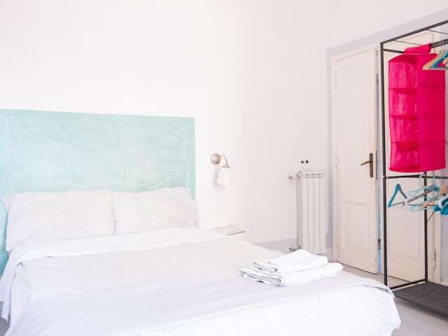 Camera in affitto in appartamento con 4 camere da letto a Trastevere
