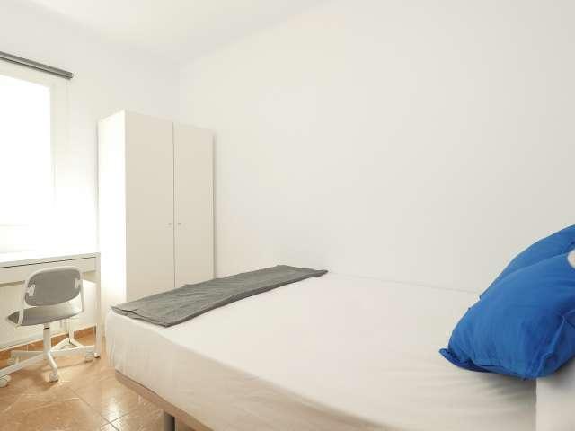Bright room in 6-bedroom apartment in Poblenou, Barcelona