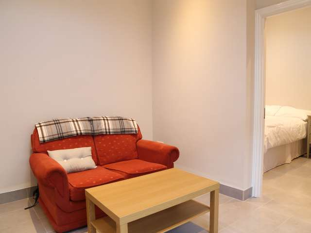 Cosy 1-bedroom flat for rent in Kingswood, Dublin