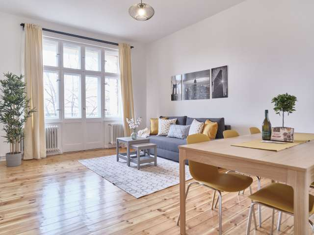 Schicke Wohnung mit 3 Schlafzimmern zu vermieten in Neukölln, Berlin