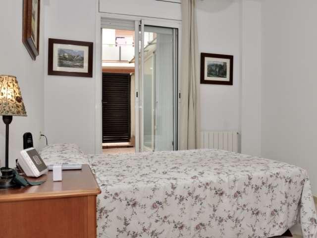 Large room in 3-bedroom apartment in Badalona, Barcelona