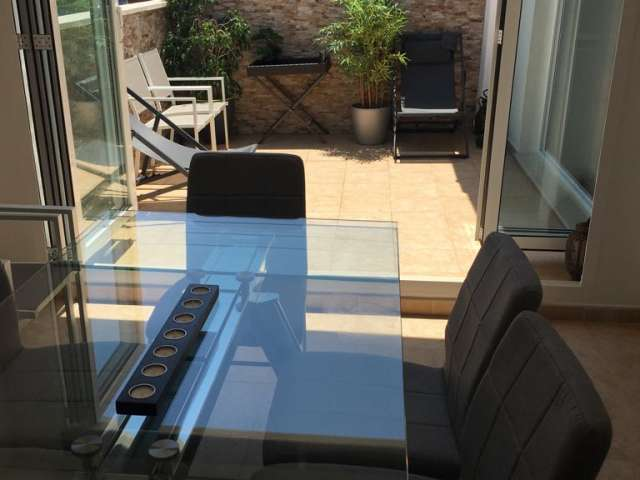 Whole 1 bedrooms apartment in València