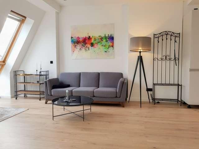 Schickes Apartment mit 1 Schlafzimmer zu vermieten, Treptow-Köpenick