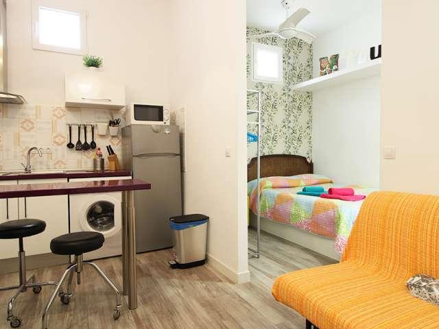 Bunte Studio-Wohnung zur Miete in La Latina, Madrid