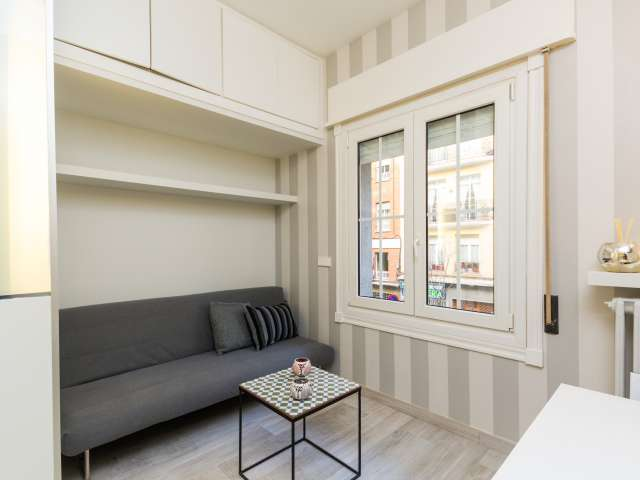 Studio apartment available for rent in Castellana, Madrid