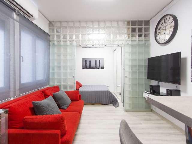 Modernes Studio-Apartment zu vermieten in Argüelles, Madrid