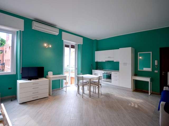 Appartamento ammobiliato in affitto a Tibaldi, Milano