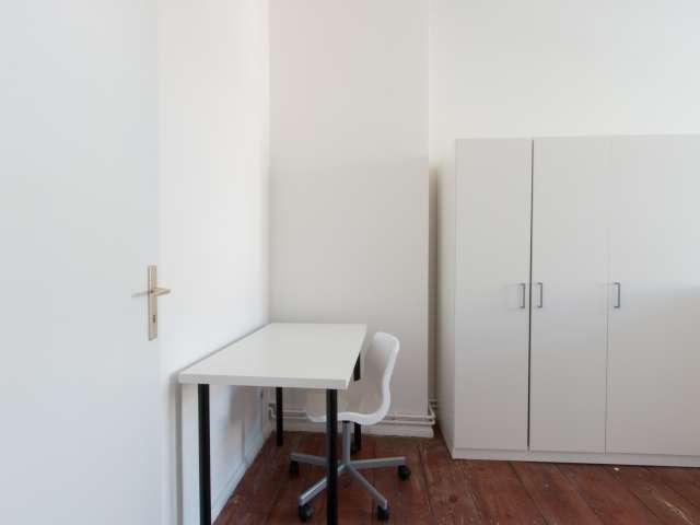 Helles Zimmer zur Miete in 4-Zimmer-Wohnung, Prenzlauer Berg