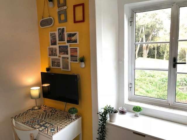 Studio apartment for rent in Santo António, Lisbon