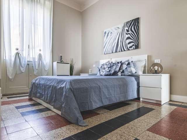 Simpatica camera in affitto, appartamento con 5 camere da letto, Isola, Milano