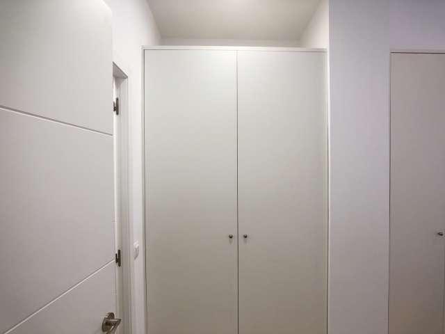 Zimmer zu vermieten in 3-Zimmer-Wohnung in Trafalgar, Madrid