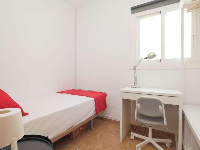 Cozy room in 6-bedroom apartment in Poblenou, Barcelona