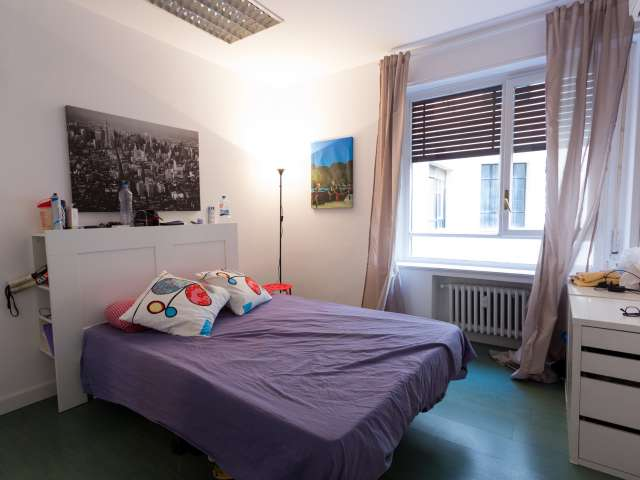 Welcoming room in shared apartment in Salamanca, Madrid
