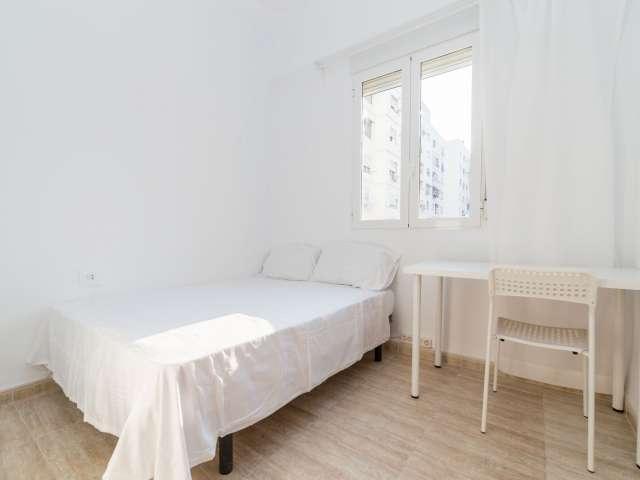 Relaxing room in apartment in El Plà del Real, Valencia