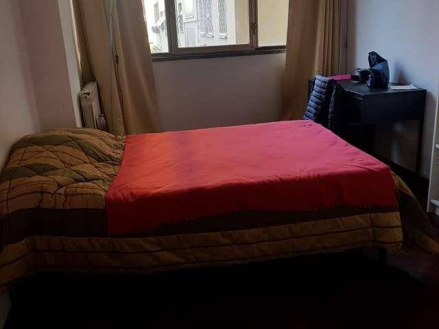 Camera in affitto in appartamento con 4 camere da letto, Casal de 'Pazzi, Roma