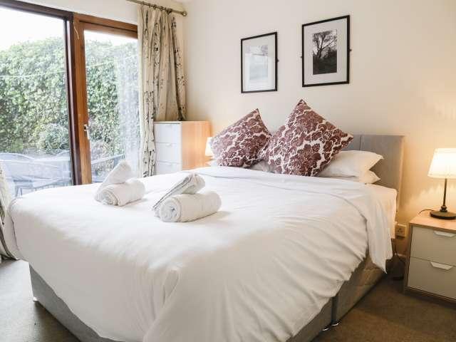 2-bedroom flat to rent in Ballsbridge, Dublin