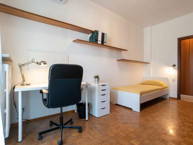 Cozy room for rent in Turro, Milan