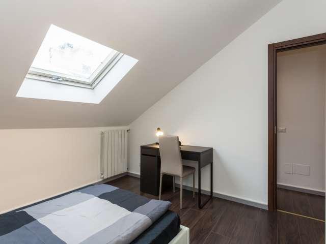 Room for rent in 4-bedroom apartment in Affori Centro, Milan