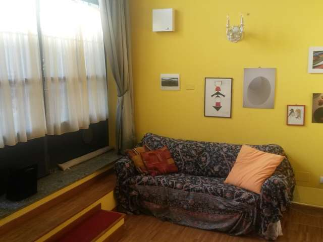 Loft-style studio apartment for rent in Zona Solari, Milan
