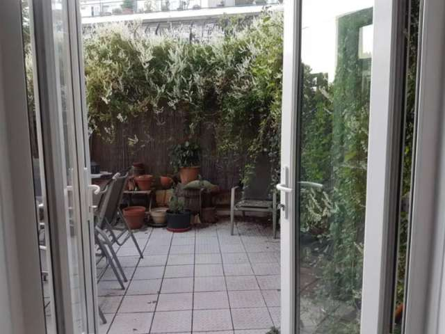 2-bedroom flat to rent in Kentish Town, London
